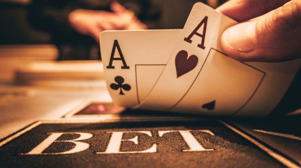 Just How To Become A Good Poker Player (with Poker Hands Cheat Sheet).