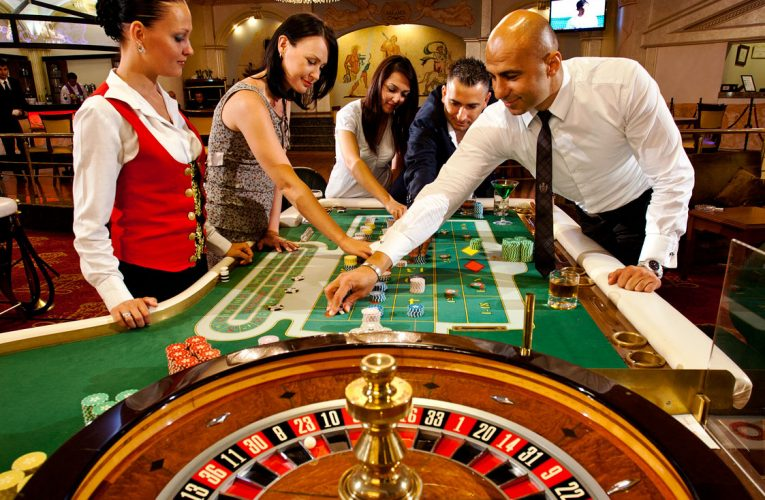 Why Most People Be Great At Online Casino