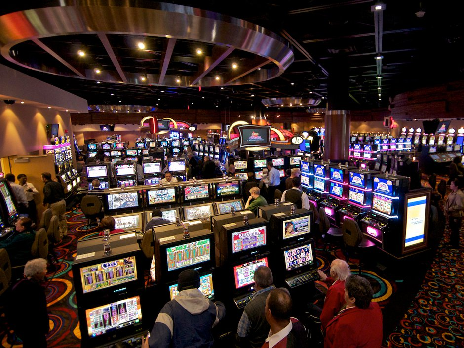 What Everyone Seems To Be Saying About Online Casino